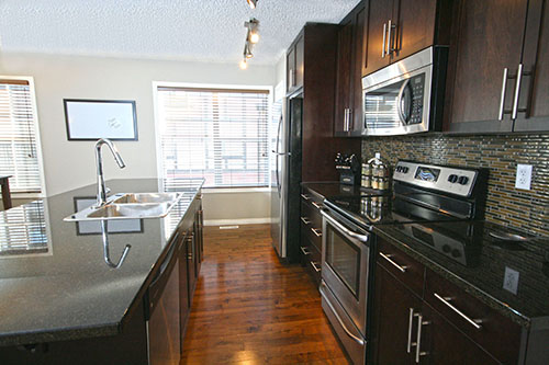 Calgary Townhouse For Sale in New Brighton